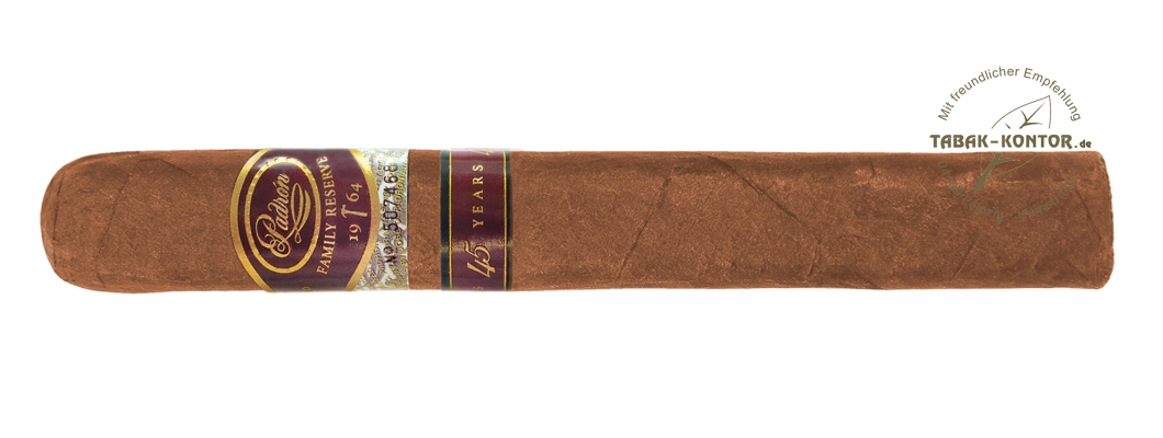 Padrón Family Reserve Natural 45 Years